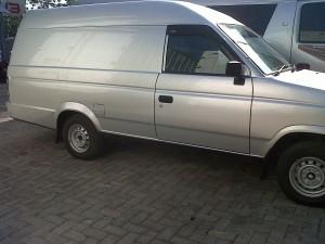 Isuzu Pickup Delvan Silver Baru