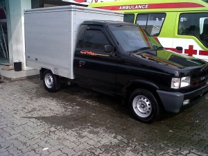 Mobil Pickup Box Isuzu Panther