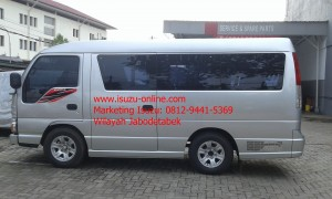 ISUZU ELF NEW ARMADA 16 SEAT KACA BONDING
