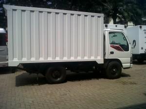 Paket kredit truk isuzu elf box besi